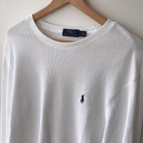 Sindsyg lækker og let trøje fra Ralph  Brugt få gange.  Str L.