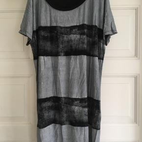 Sød kjole/ tunika fra Bon' aparte. Str. L.😀