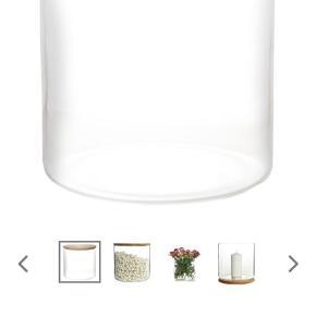 Pernille Bülow glascontainer stor Nypris: 600kr Sælges som ny med tilhørende æske - aldrig brugt