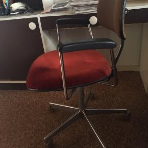 Retro kontorstol - kom med et bud!