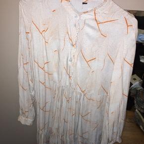 Y.A.S kjole Størrelse s-m Brugt 1 gang