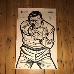 """Officiel """"shooting target""""silhouette. Måler 90 x 57 cm  *Sælges uden ramme"""
