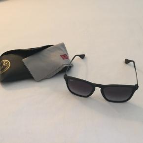 Ray Ban solbriller m. klud og etui.  Farve: Sort  BYD