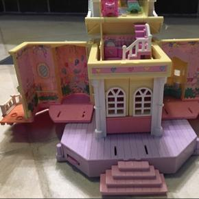 Fint ældre Polly pocket hus  Byd gerne
