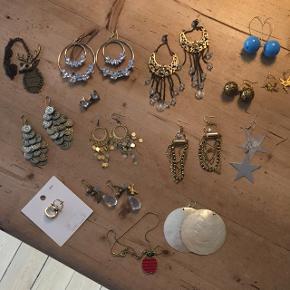Blandet smykker.  Sælges samlet for 100 kr + Porto