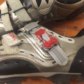 BYD!!! MTB sko med SPD klamper følger med. Som nye - brugt få gange