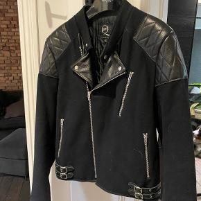 Alexander McQueen jakke