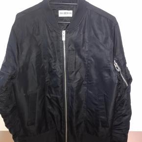 Sindsygt lækker jakke med unikt design fra han kjøbenhavn