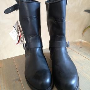 Mc støvler fra TCX Ny pris 1695kr  Kom med et bud