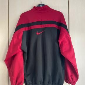 Fed vintage / retro jakke fra Nike