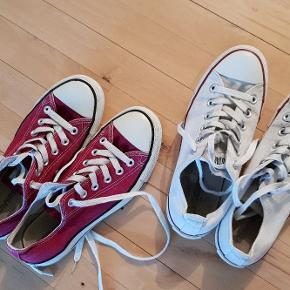 2 par converse sko, str. 6. Brugte et par gange, men er stadig fine. Byd, skal bare væk