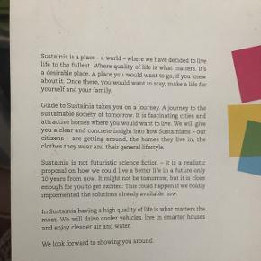 🌿🌎 coffee table book / bog om bæredygtighed. I fin stand. Meget oplysende.  Sælges for 30 kr.   🌎Nørrebro  💌 Kan sendes for 33 kr.