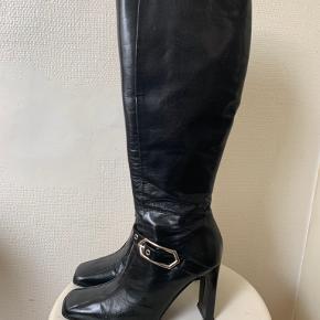 Mille K støvler