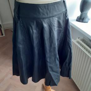 Janne Lindgaard nederdel
