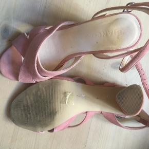 Søde sandaler/heels fra Bianco. Jeg har brugt dem få gange.