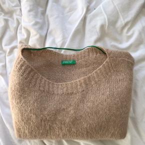Fin sweater, sælges da den ikke bliver brugt❤️ingen tegn på slid