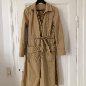 Beige brun kjole fra Sofie Schnoor