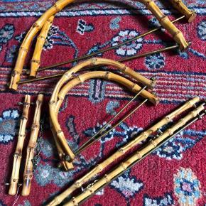 Bambus sæt til tasker og til klokkestrenge og andet. Fine og fejler intet.  Smid et bud.