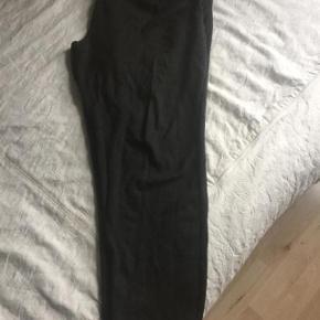 Baggy bukser i tyk Jersey stof så de sidder perfekt