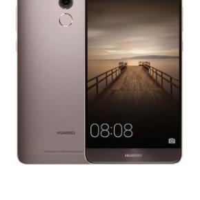 Fantastisk dual SIM mate 9 fra Huawei. Sælges udelukkende fordi jeg har fået en arbejdstelefon og ikke får brugt den. Virker upåklageligt og har hele tiden været beskyttet så ingen ridser eller lign. Byd endelig :)
