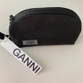 Ganni anden accessory