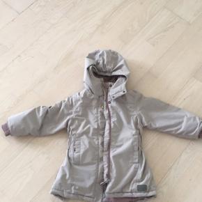 Rigtig fin jakke fra Marmar. Den har en lille bitte rift, men intet af betydning. Se billede.