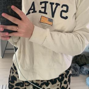 Svea sweater