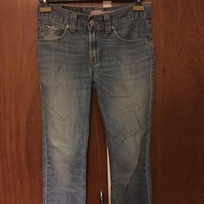 Vintage Levis jeans Str 30/28 ish (klippet i bunden)