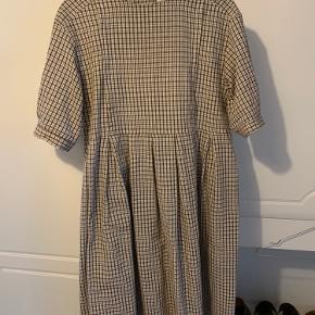 Fineste kjole fra Olive Clothing jeg bare ikke får brugt nok