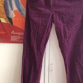 Lilla fløjls bukser fra Isabel Marant str 1 (svarer til s/m)