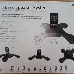 Højttaler fra Iwave til iPod nano, iPod touch eller mp3. Aldrig åbnet eller brugt. Handler gerne MobilePay og sender med DAO.
