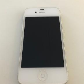Hvid iPhone 4s 16 GB i original æske.  Cover medfølger.