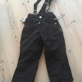 Lækre skibukser i sort Kun brugt som ekstra - ingen huller og pletter