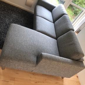 Lækker chaiselong sofa til billige penge!  Den billige pris skyldes det haster da jeg har købt ny sofa.