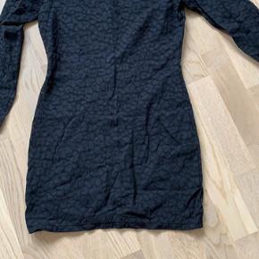 Wolford kjole eller nederdel