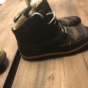 Sælger disse dejlige hub støvler da de aldrig bliver brugt, de er som nye hvis de får en klud