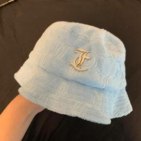 Juicy Couture hat & hue