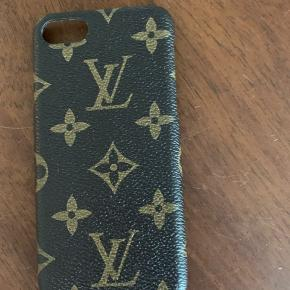 Iphone 8 covers sælges Louis Vuitton, Day, Richmond Finck , apple med flere. Kom med bud