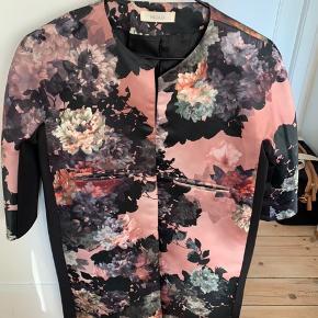 Vicolo jakke blomsterprint