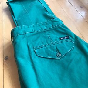 33/34 Lee Chino rarely worn. Just doesn't fit me anymore