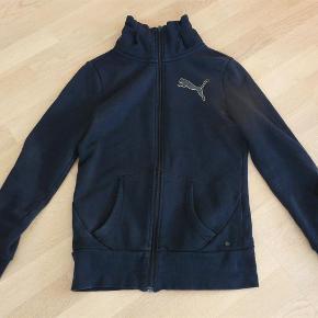 Her kun været brugt få gange  Træningsjakke cardigan sportstøj homewear Farve: Sort