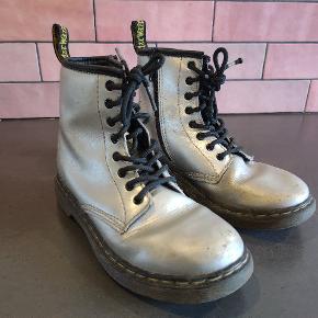 Dr. Martens støvler