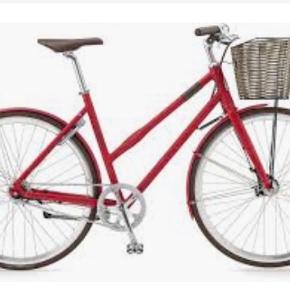 Kildemoes Urban Chic Dame 7G - størrelse: 47cm Farve:Fuchsia MattEkstra komfort sadel medfølger samt for og baglygte. Fri livstidsservice og servicehæfte