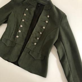 Tippy blazer
