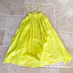 Gul oversize kjole - fin stand 👚