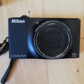 Virker upåklageligt. Kun lidt få brugsspor. Æsken medfølger. 😊  Nikon coolpix s8000 digital kamera