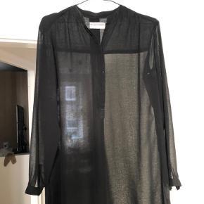 Gennemsigtig lang skjorte - BYD