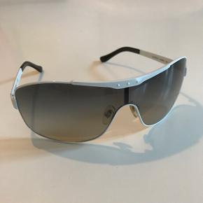 Solbriller fra vogue.