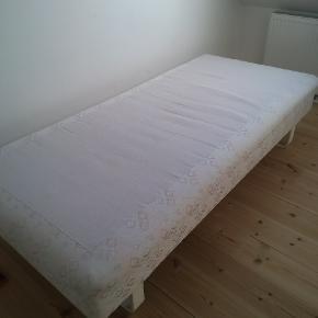 single bed 95x200x25 cm