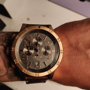 Super lækket ure fra Nixon